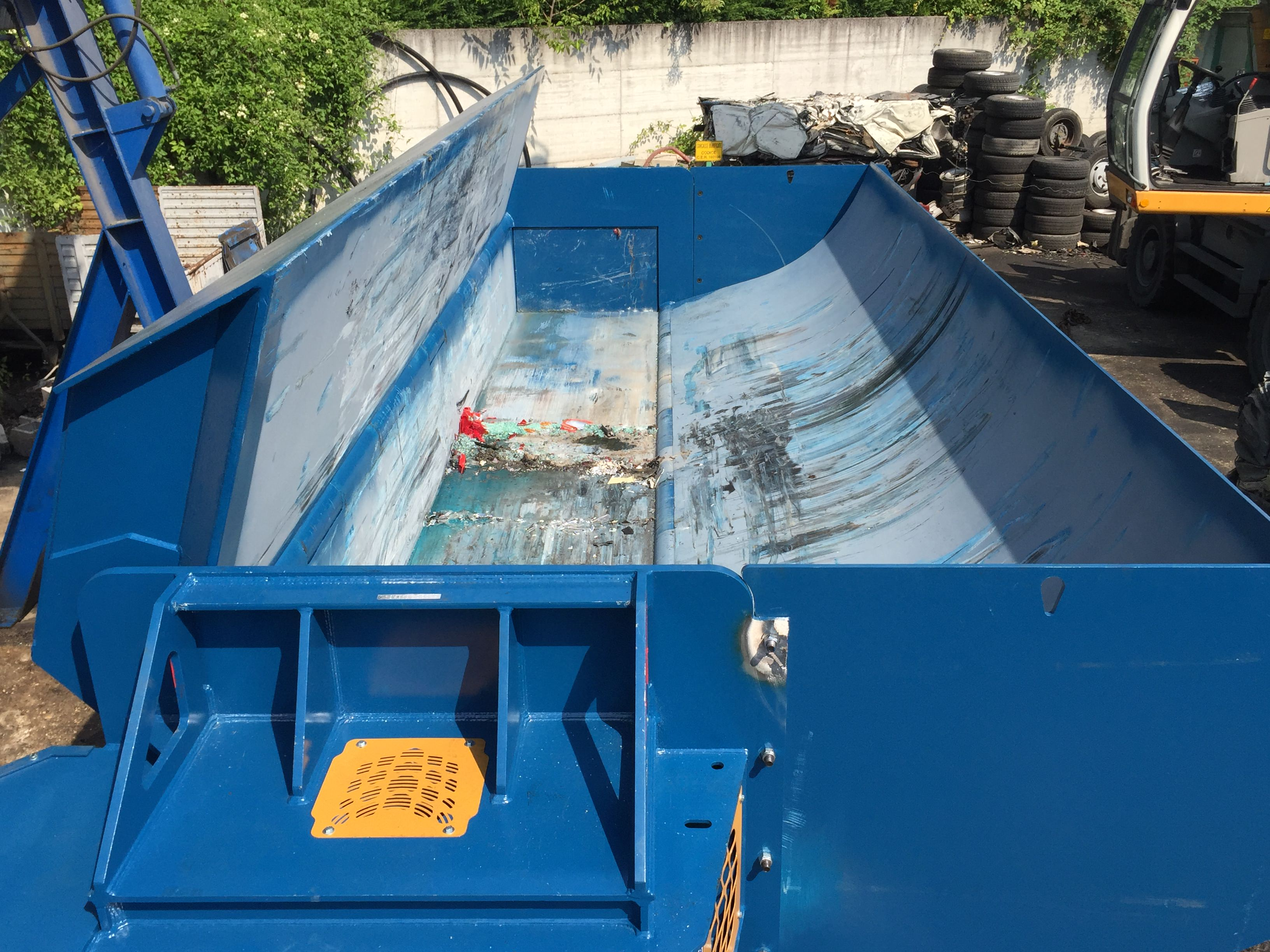 Balers Idromec S6000 for metals scrap and junk car