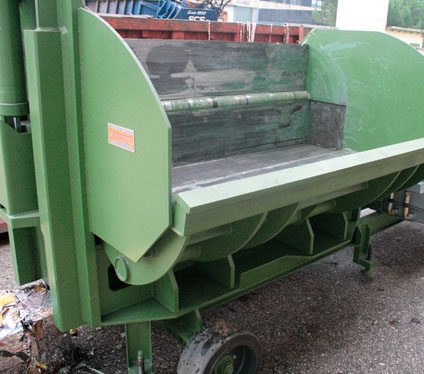 baler-balers Idromec PN2700 for scrap and junk cars