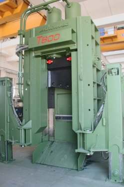 Shear Balers Idromec T800CLS for scrap and metals mobile